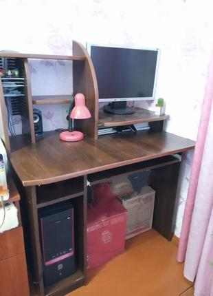 Компьютерный стол, письменный стол