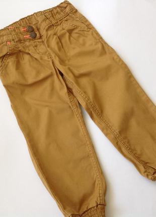 Стильные брюки р.98