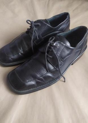 Натуральная кожа.туфли швейцарского бренда
