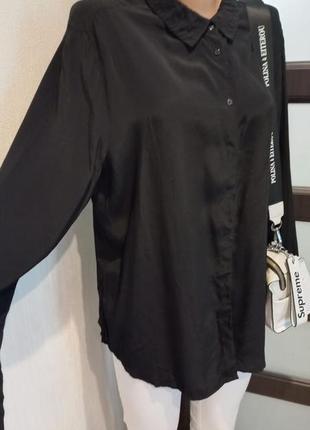 Легкая свободная чёрная блузка рубашка