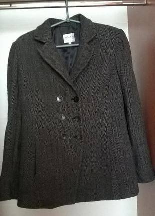 Пальто armani collezione