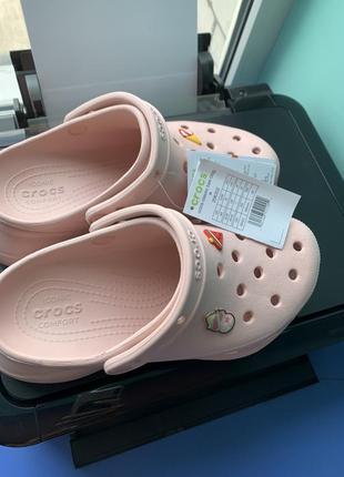 Crocs новые!