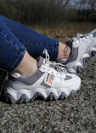 Стильні жіночі кросівки !!! на повномірні р-ри 36-381 фото