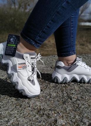 Стильні жіночі кросівки !!! на повномірні р-ри 36-385 фото