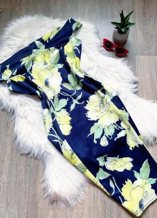 Шикарное цветастое платье по фигуре 😍