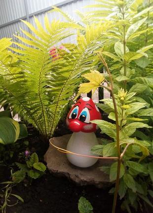 Садовая фигура ,,гриб мухомор,, ручная работа.