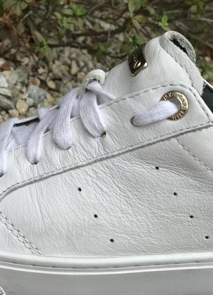 Оригинальные кожаные кроссовки tommy hilfiger 37-38р.5 фото