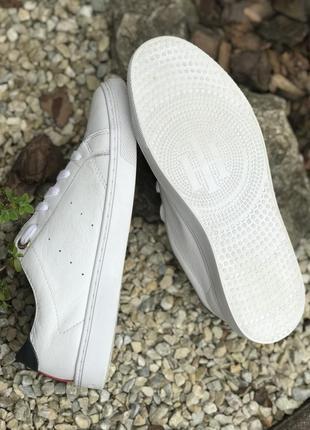 Оригинальные кожаные кроссовки tommy hilfiger 37-38р.8 фото