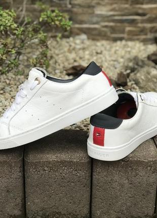 Оригинальные кожаные кроссовки tommy hilfiger 37-38р.1 фото