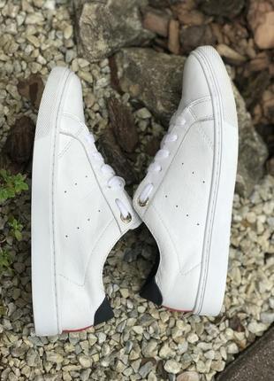 Оригинальные кожаные кроссовки tommy hilfiger 37-38р.10 фото