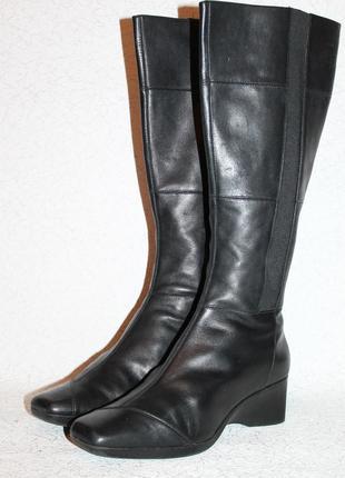 Комфортные кожаные сапоги ckarks на танкетке 39,5 размер 26 см стелька