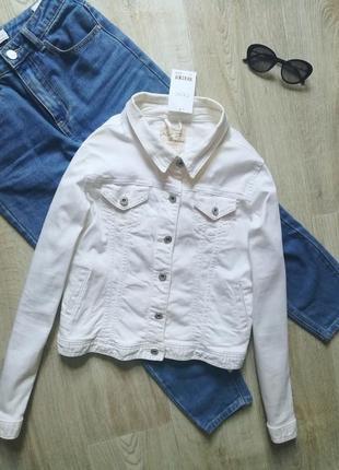 Базовая белая джинсовка оверсайз , джинсовая куртка, пиджак, жакет, блейзер