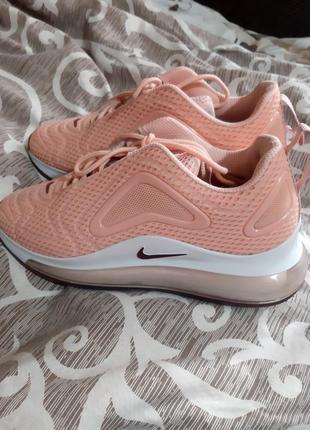 Шикарные кроссовочки nike