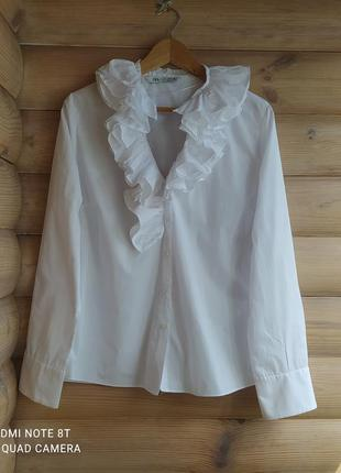 Нарядная рубашка с воланами от  zara