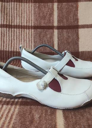 Туфли макасини clarks