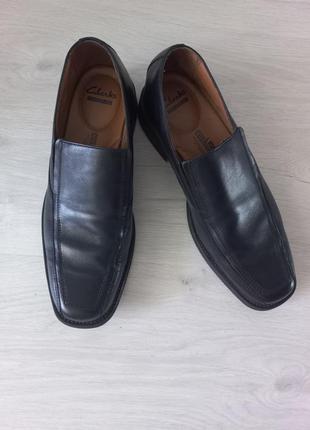 Мужские туфли clarks на резинке