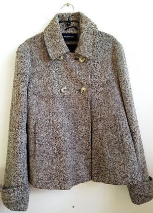 Стильне твідове коротке пальто oversize