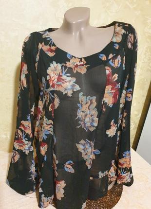 Легкая блуза блузка