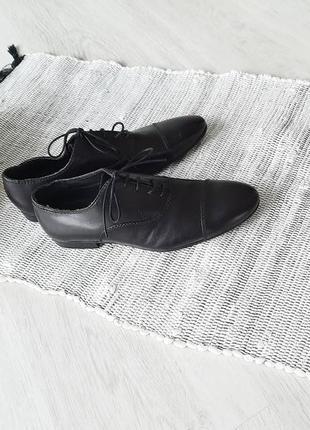 Классические чёрные туфли черные туфли от zara 39  40 чорні туфлі