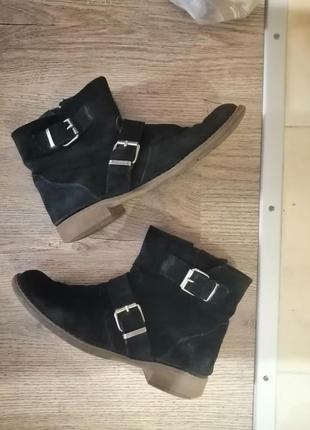 Деми ботинки 39 р