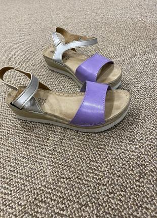 Босоножки сандали на танкетке кожа2 фото