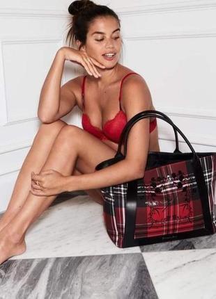 Женская стильная прогулочная сумка шоппер victoria's victorias victoria secret