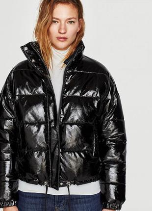 Новая стеганая куртка из винила zara (xs,s,m,l)