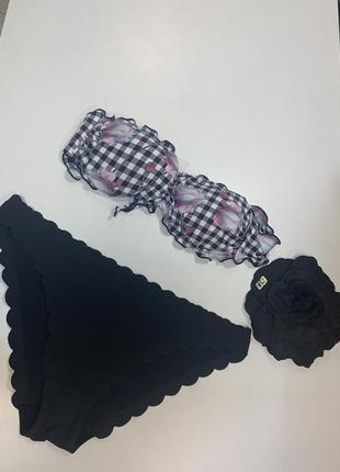 Женский лиф от купальника чёрно-белый от guess
