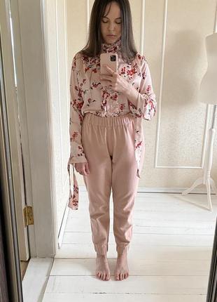 Пудровые фланелевые штаны