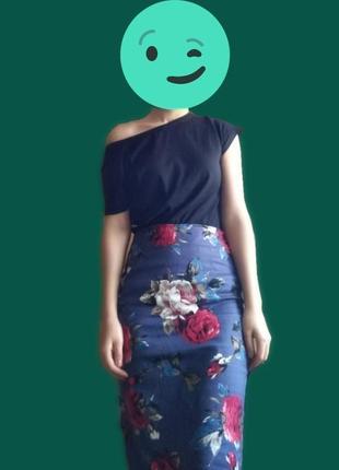 Юбка с цветами стильная, красочная, принт