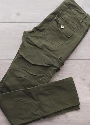 Штаны с накладными карманами