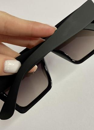 Солнцезащитные очки2 фото