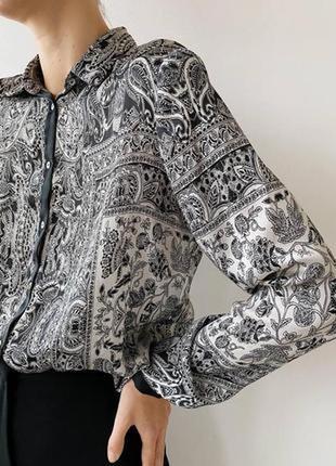 Обалденно красивая шелковистая свободная блузка рубашка zara, цветочный принт