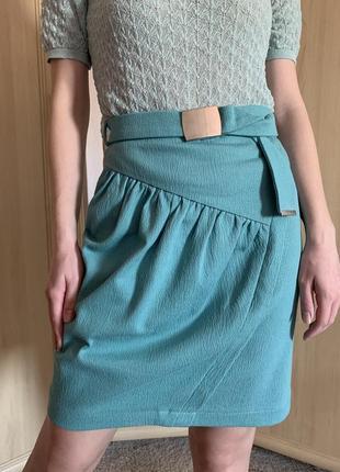 Стильная эксклюзивная бирюзовая юбка
