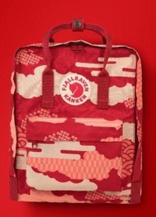 Городской рюкзак fjallraven kanken classic art 16 л red waves красный