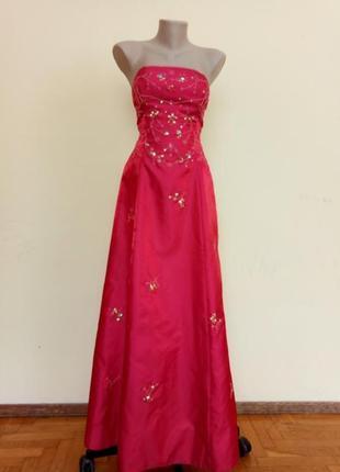 Шикарное вечернее нарядное платье с вышивкой с открытой спиной morgan