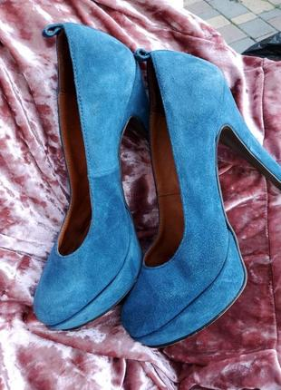 Туфли кожанные на высоком каблуке
