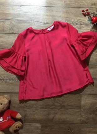 Нарядная блузка с шикарными рукавами на 4 года!как новая