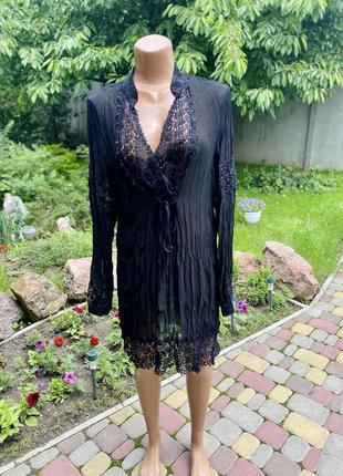 Пляжное платье туника с красивым кружевом