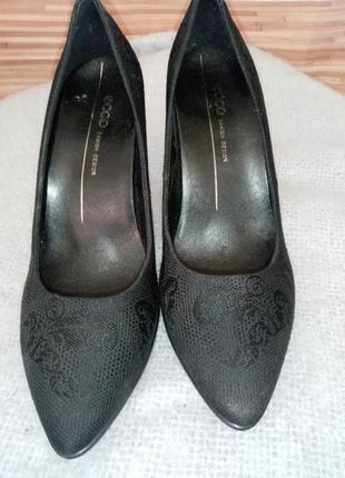 Туфли женские из натуральной кожи экко 37 размер