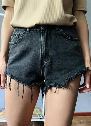 Офигеные джинсовые шорты/бермуды