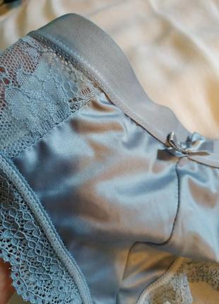 Сіро-блакитні трусики