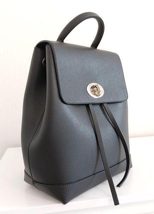 Чорный матовый классический рюкзак лаконичный для девушек