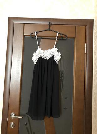 Чёрное шифоновое платье мини с кружевом. новое. супер!