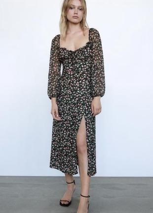 Платье миди zara в цветочный принт с декольте