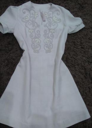 Винтажное льняное платье/ минск/ отшито на фабрике художественных изделий