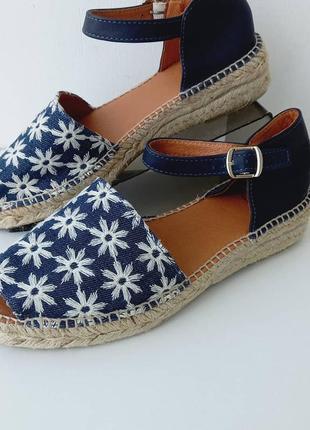 Женские боссоножки,туфли/нові жіночі босоніжки