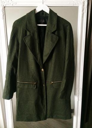 Нове пальто від river island