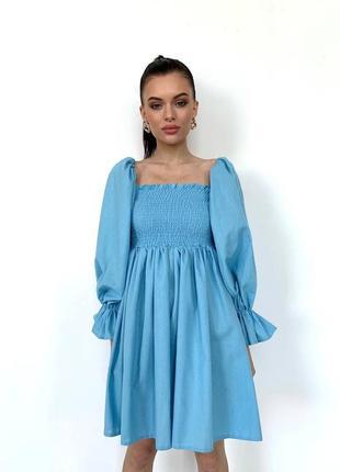 Льняное платье с объемными рукавами