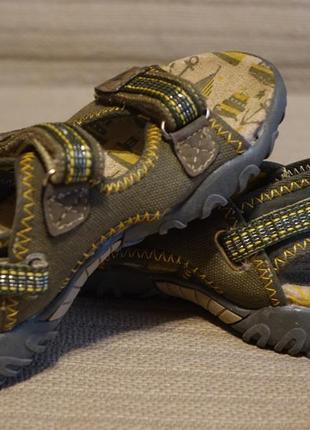 Отличные тканные фирменные сандалии цвета хаки gola sport англия 27 р.